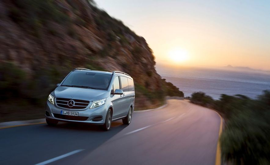 2015 Mercedes-Benz V 250 BlueTec - Slide 15