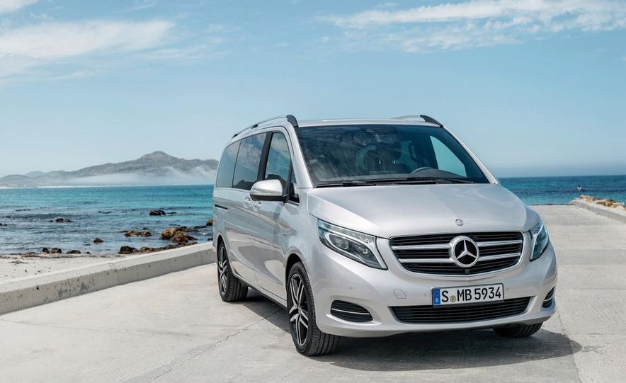 2015 Mercedes-Benz V 250 BlueTec - Slide 18