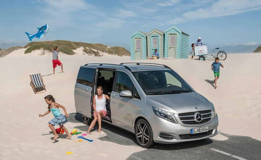 2015 Mercedes-Benz V 250 BlueTec - Slide 23