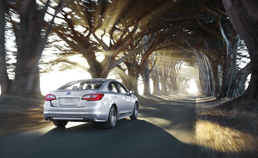 2015 Subaru Legacy - Slide 22