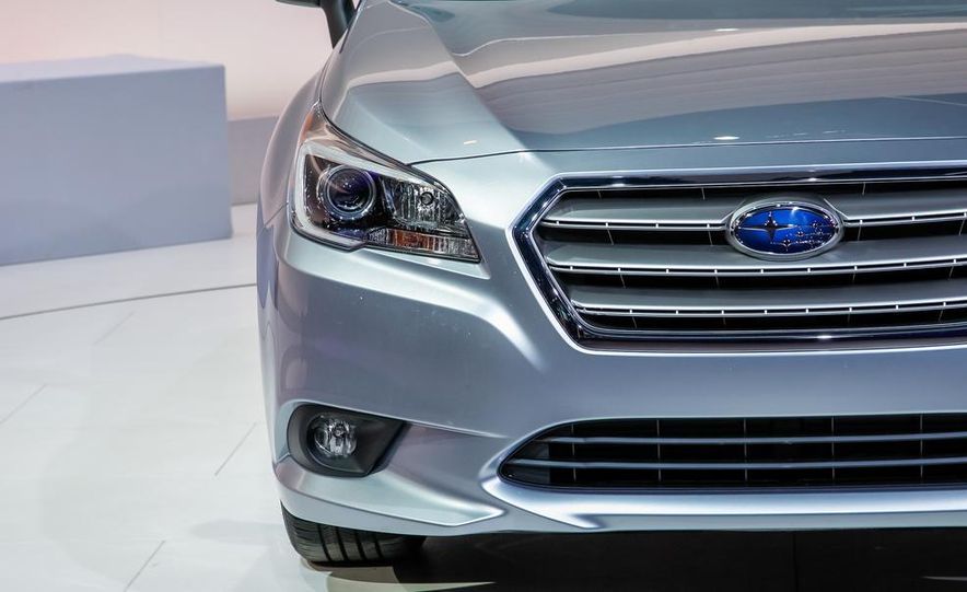 2015 Subaru Legacy - Slide 4