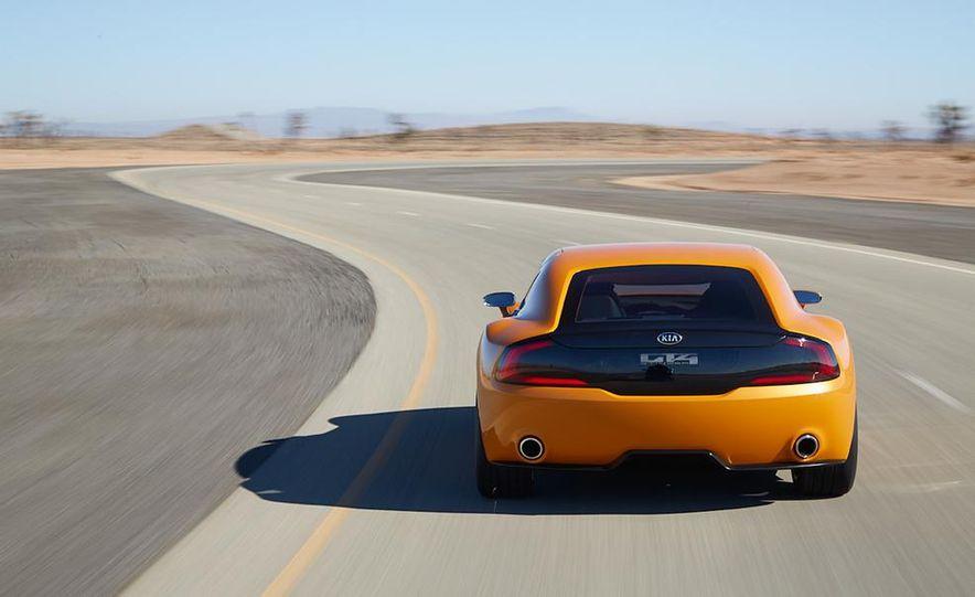 Kia GT4 Stinger concept - Slide 7