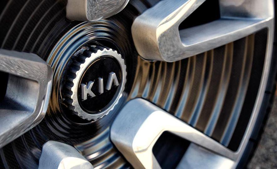 Kia GT4 Stinger concept - Slide 38