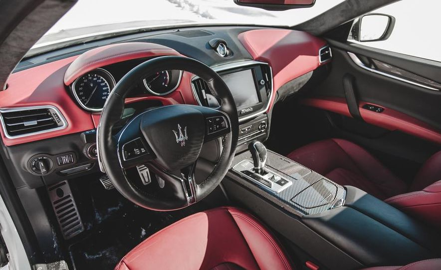 2014 Maserati Ghibli S Q4 - Slide 17