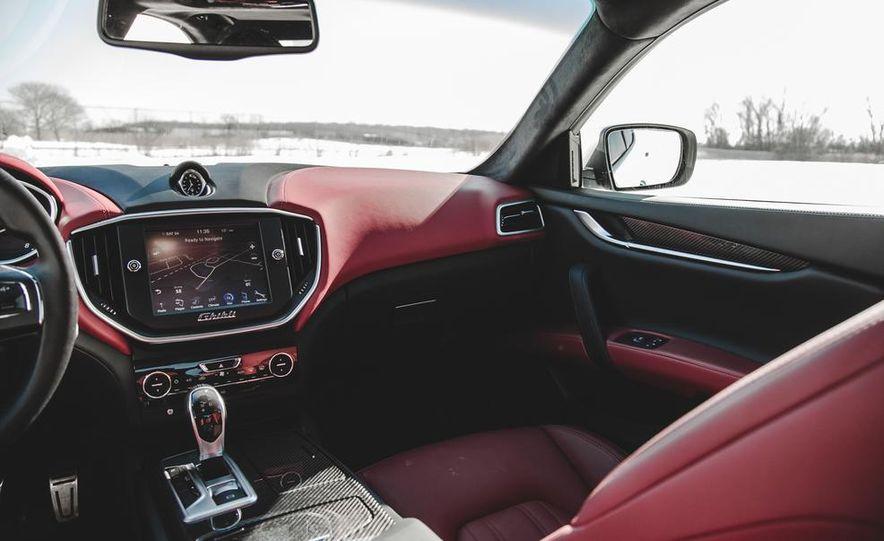 2014 Maserati Ghibli S Q4 - Slide 21