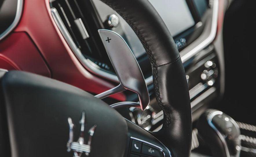 2014 Maserati Ghibli S Q4 - Slide 23