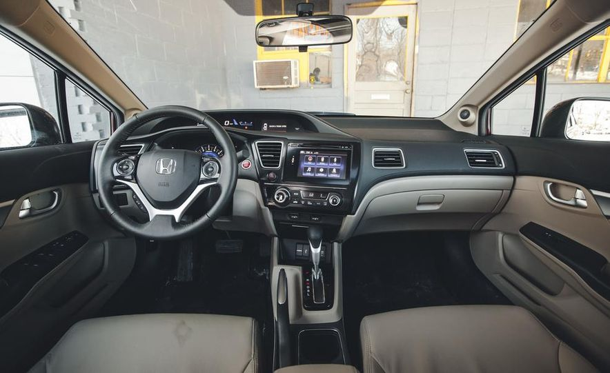 2014 Honda Civic sedan - Slide 23