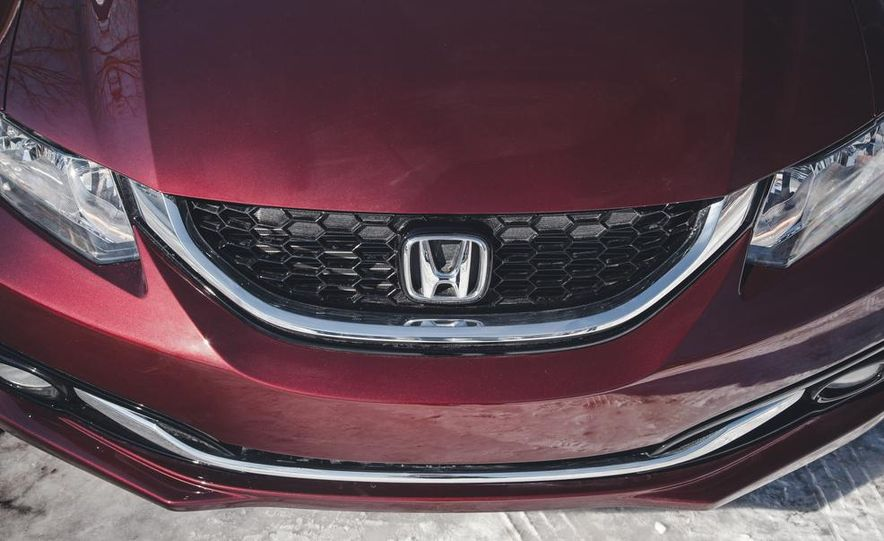 2014 Honda Civic sedan - Slide 13