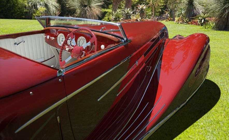 1937 Bugatti Type 57SC Atlantic - Slide 16