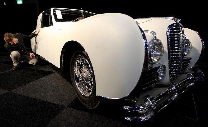 1937 Bugatti Type 57SC Atlantic - Slide 19