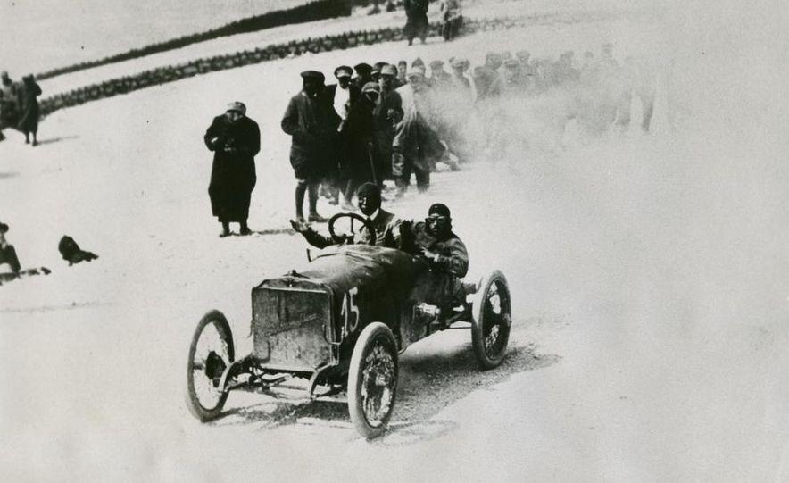 1937 Bugatti Type 57SC Atlantic - Slide 21