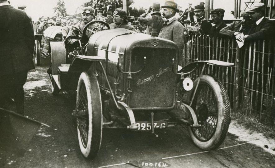 1937 Bugatti Type 57SC Atlantic - Slide 22