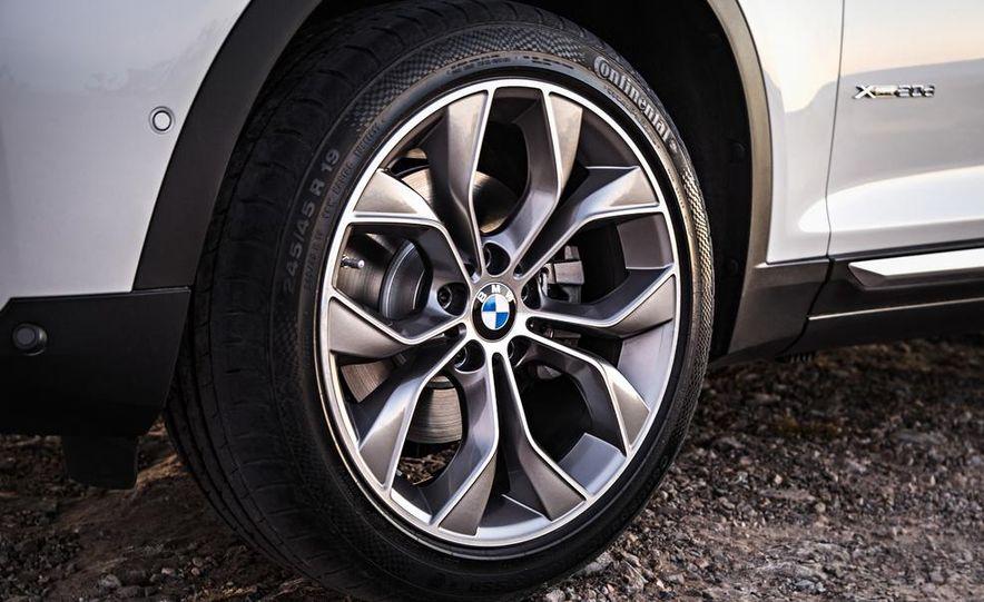 2015 BMW X3 xDrive20d - Slide 25
