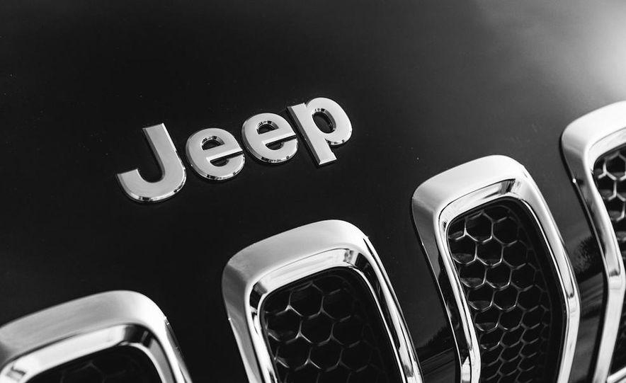 2014 Jeep Cherokee Limited 4x4 - Slide 27