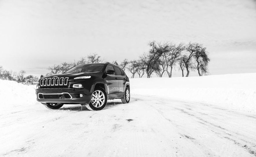 2014 Jeep Cherokee Limited 4x4 - Slide 9