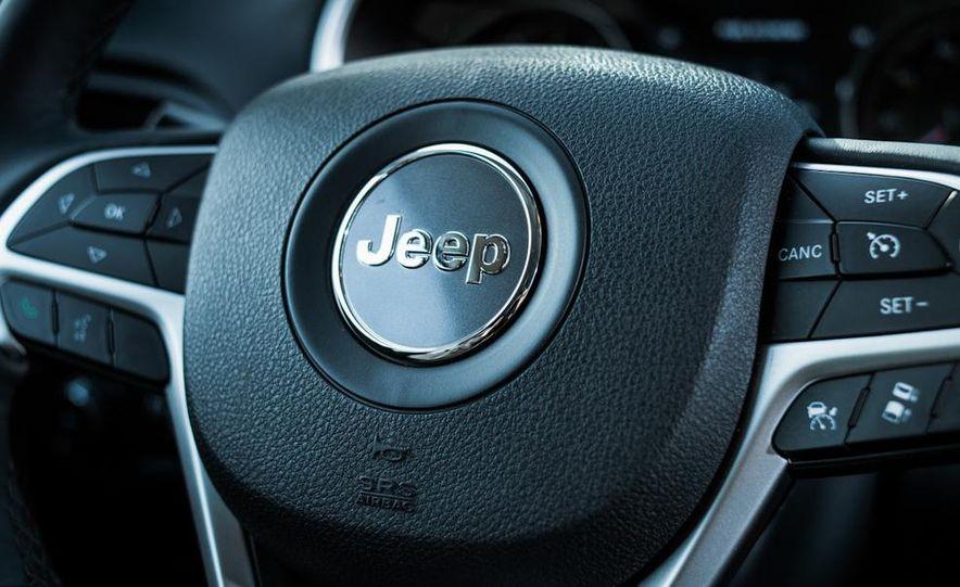 2014 Jeep Cherokee Limited 4x4 - Slide 31
