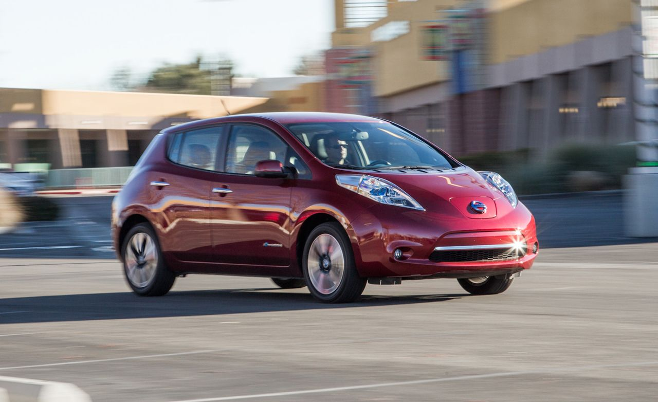 Nissan Leaf Reviews | Nissan Leaf Price, Photos, and Specs ...