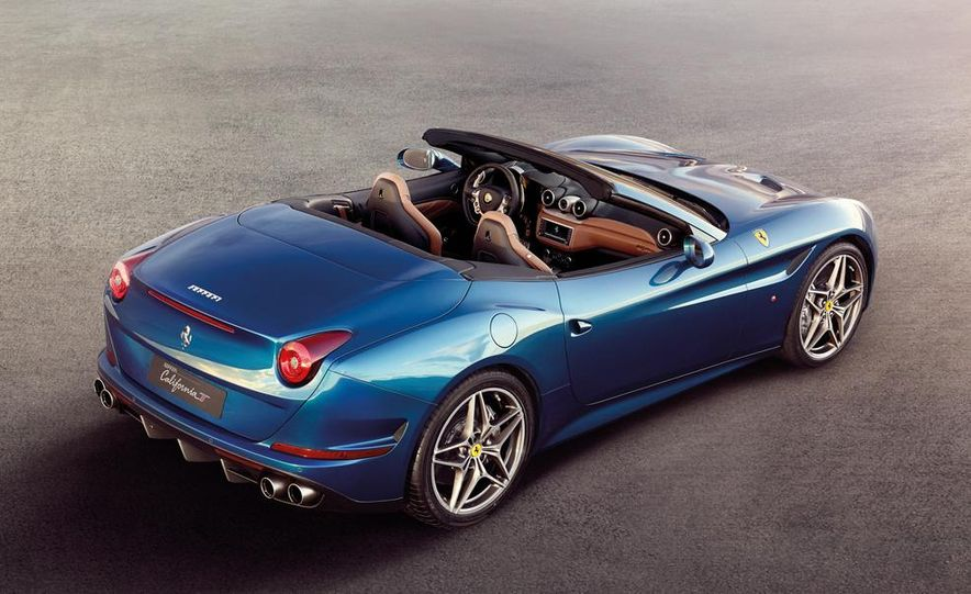 2015 Ferrari California T - Slide 7