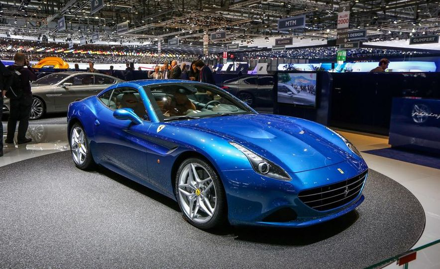 2015 Ferrari California T - Slide 13