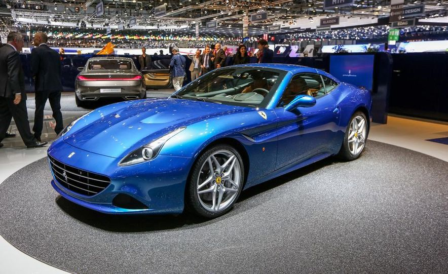 2015 Ferrari California T - Slide 18