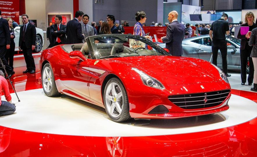 2015 Ferrari California T - Slide 21