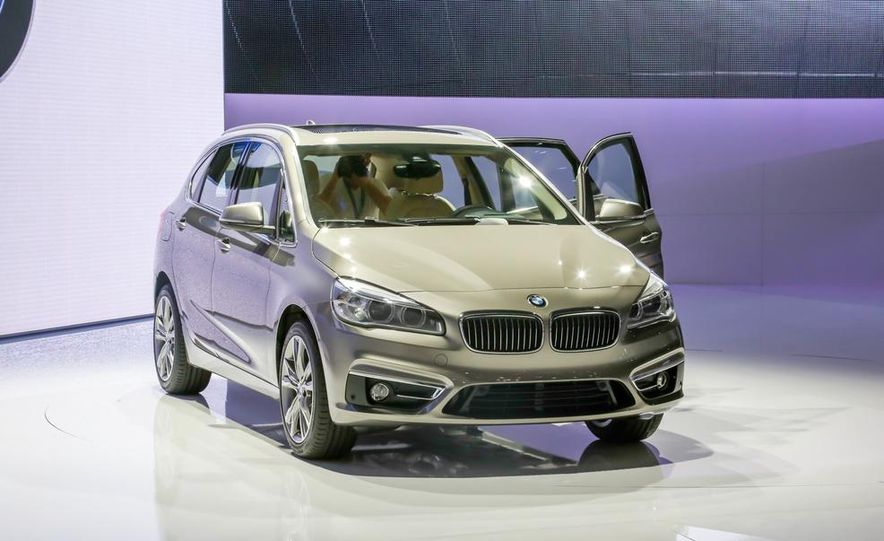 2015 BMW 2-series Active Tourer - Slide 1