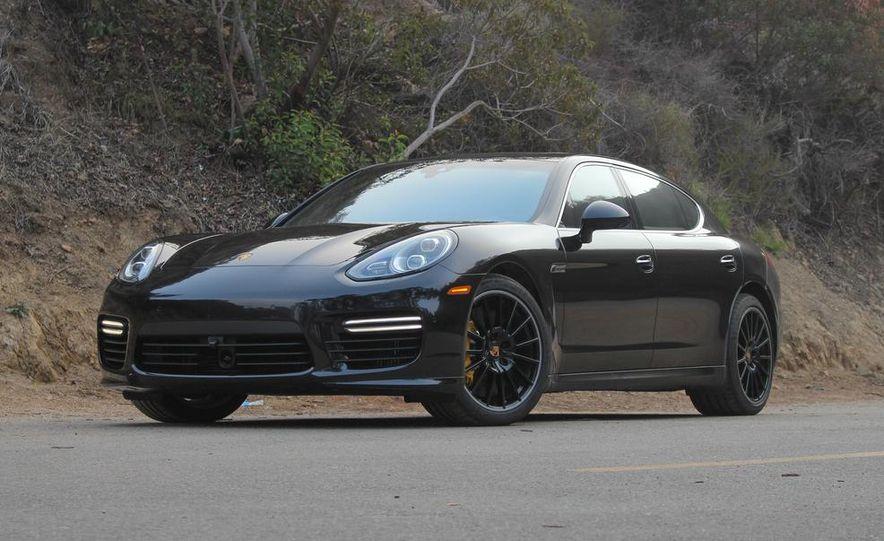 2014 Porsche Panamera Turbo Executive - Slide 1