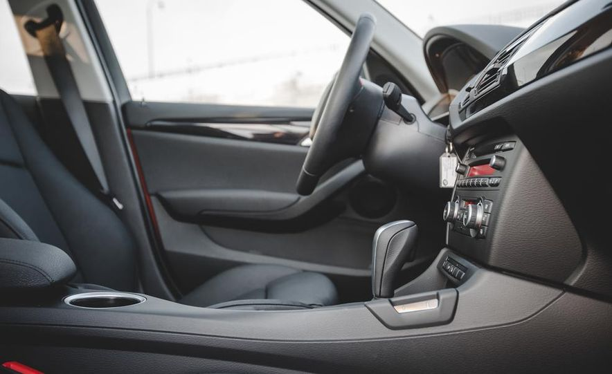 2014 BMW X1 xDrive35i - Slide 40