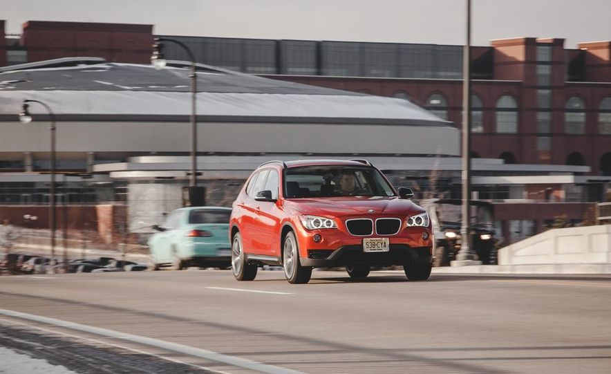 2014 BMW X1 xDrive35i - Slide 1