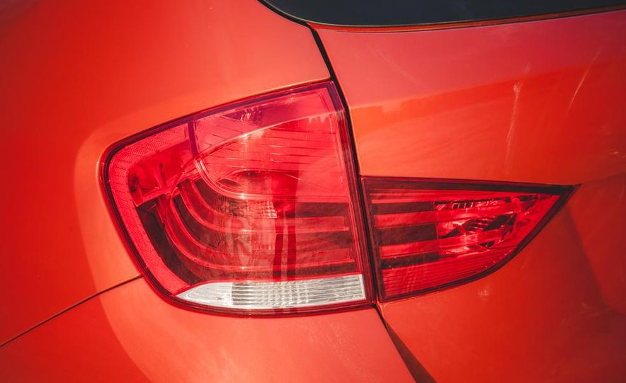 2014 BMW X1 xDrive35i - Slide 27