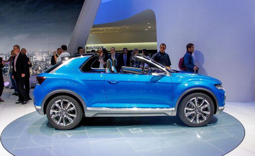 Volkswagen T-ROC concept - Slide 12