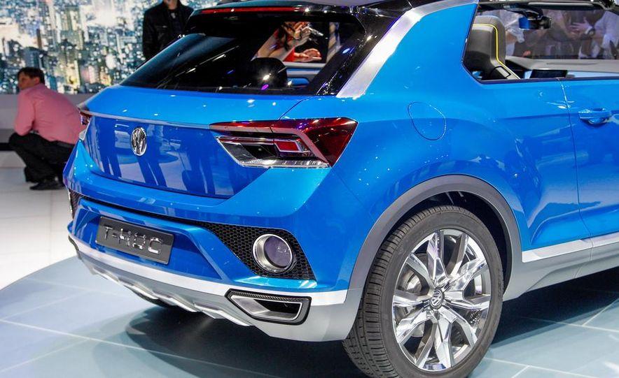 Volkswagen T-ROC concept - Slide 17