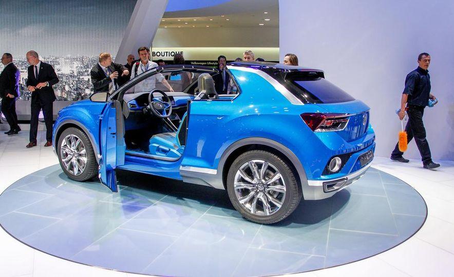 Volkswagen T-ROC concept - Slide 23