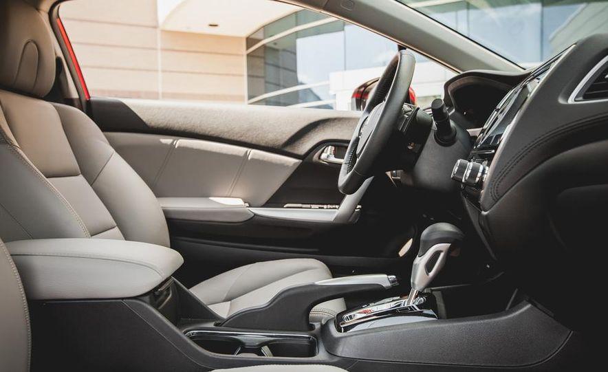 2014 Honda Civic coupe - Slide 31