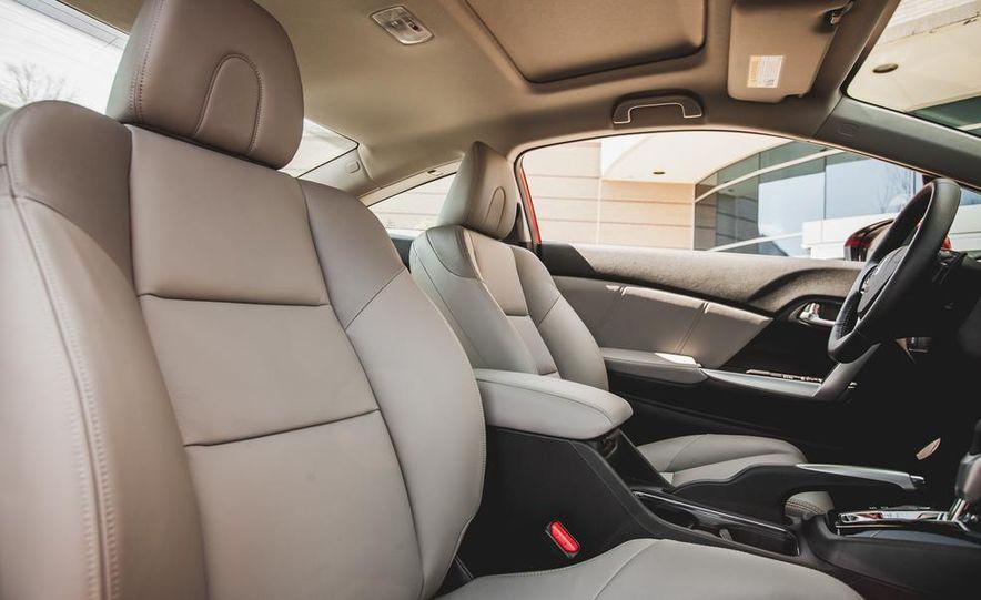 2014 Honda Civic coupe - Slide 33