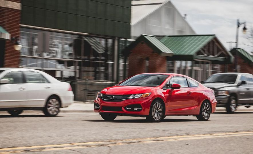 2014 Honda Civic coupe - Slide 4