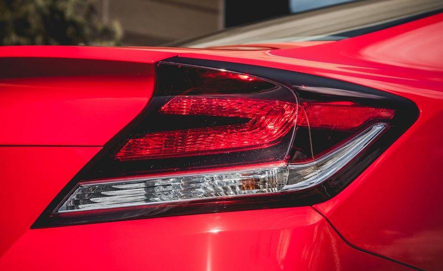 2014 Honda Civic coupe - Slide 23