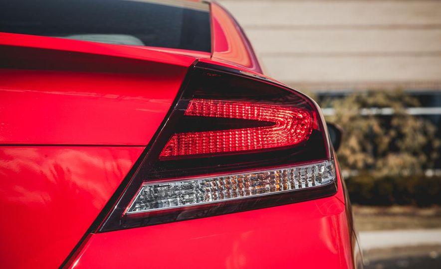 2014 Honda Civic coupe - Slide 24