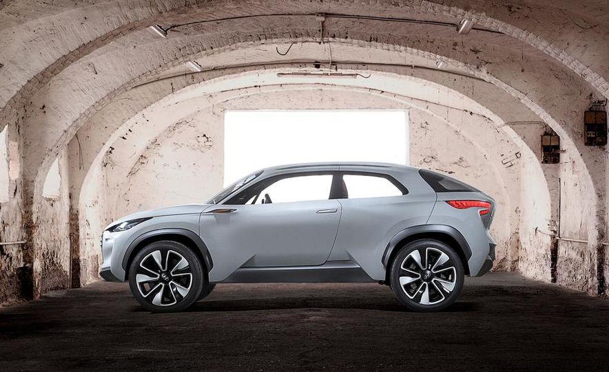 Hyundai Intrado concept - Slide 20