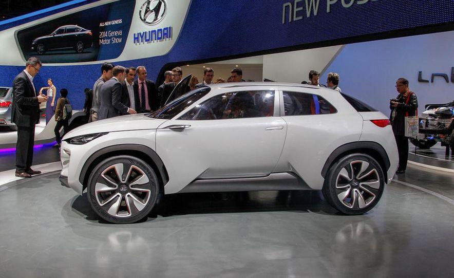 Hyundai Intrado concept - Slide 6