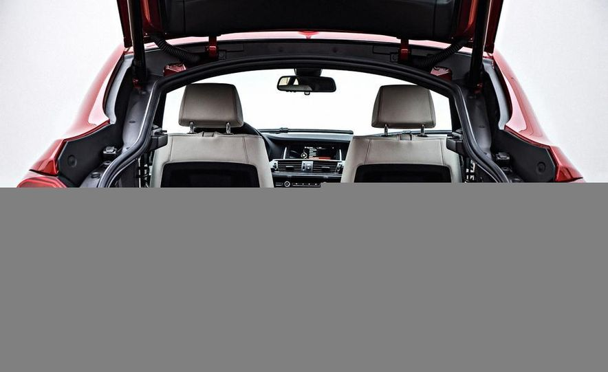 2015 BMW X4 xDrive35i - Slide 32