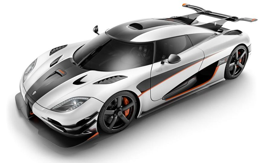 Koenigsegg One:1 - Slide 13