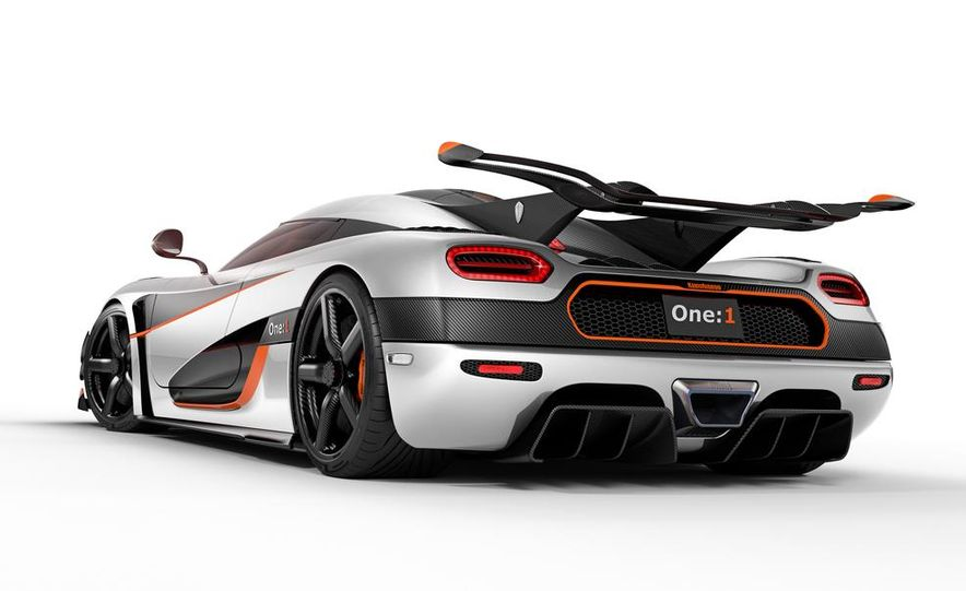 Koenigsegg One:1 - Slide 16
