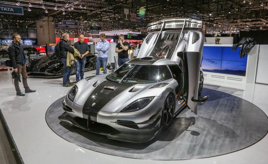 Koenigsegg One:1 - Slide 2