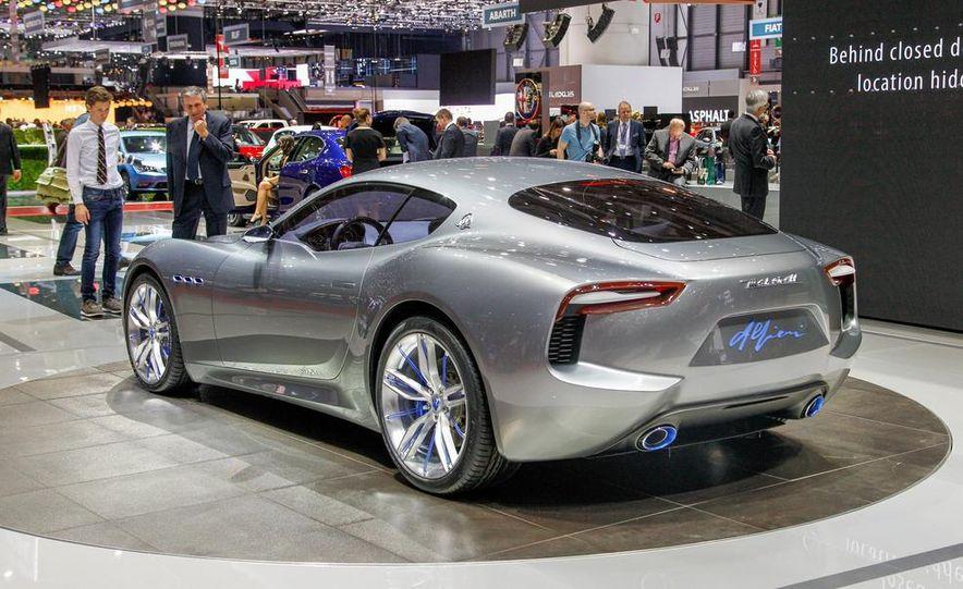 Maserati Alfieri concept - Slide 11