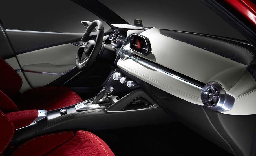 Mazda Hazumi concept - Slide 15
