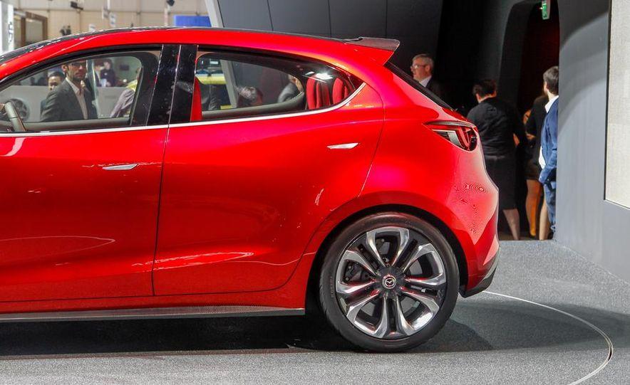 Mazda Hazumi concept - Slide 56