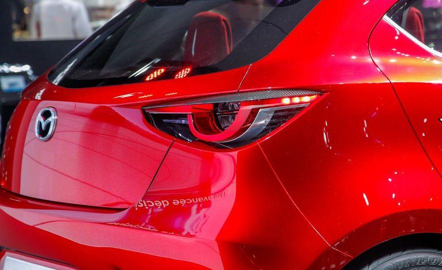 Mazda Hazumi concept - Slide 64
