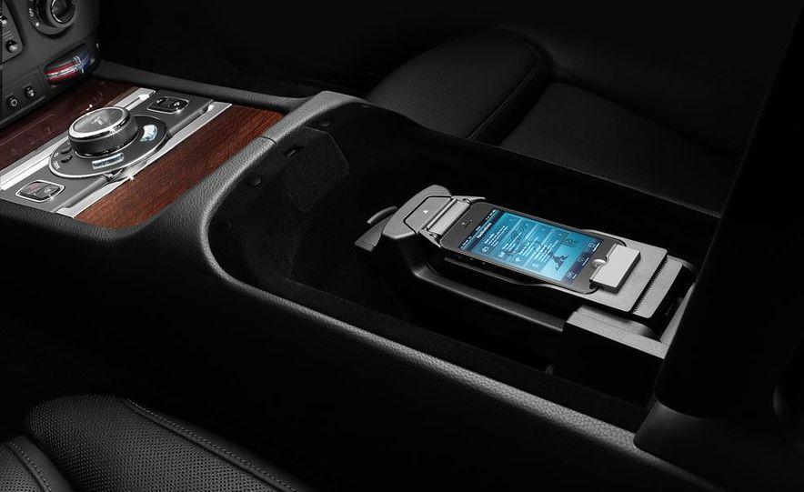 2015 Rolls-Royce Ghost Series II - Slide 39