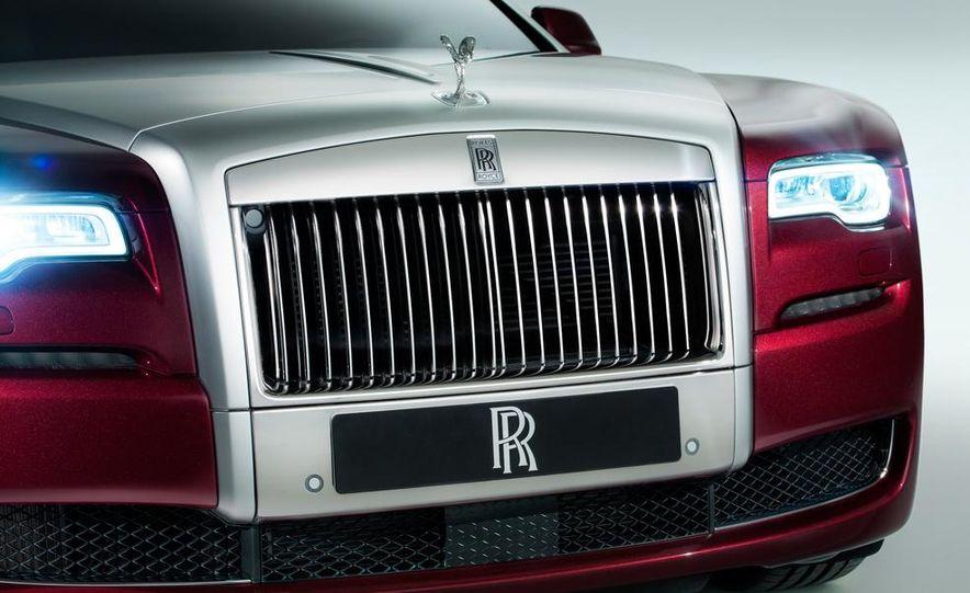 2015 Rolls-Royce Ghost Series II - Slide 25